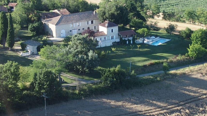 Magnificant property  - Larroucau, Gers