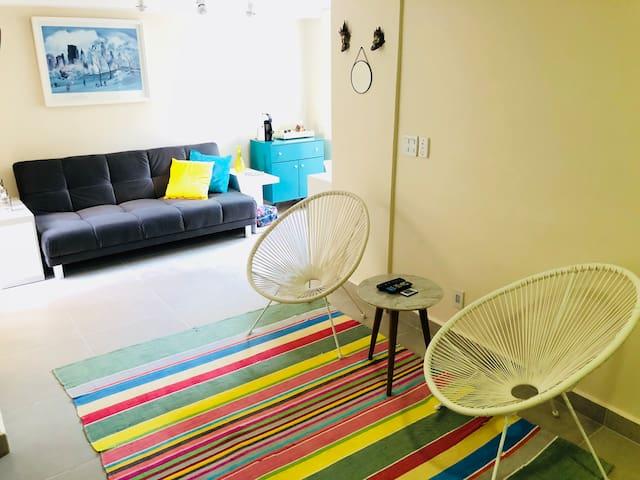Apartamento térreo com varanda