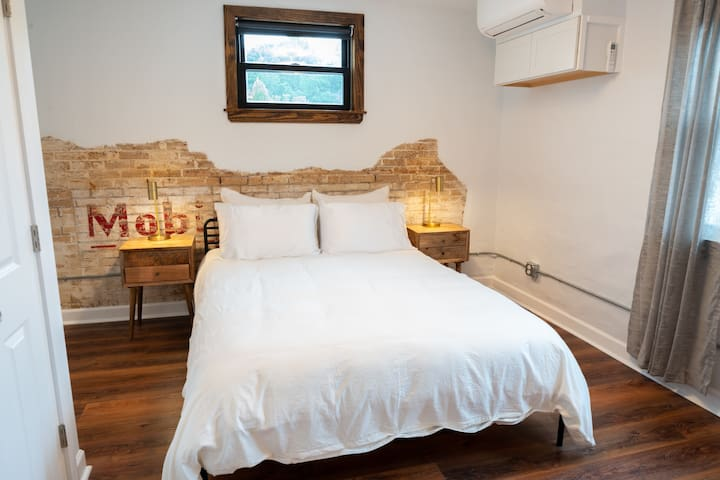 Queen size bedroom with attached bath