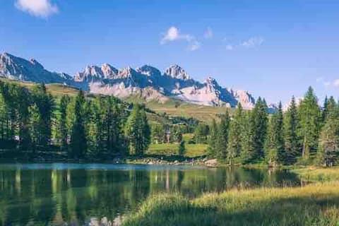 A 100 mt dalle piste! Sciare in Val di Fassa !