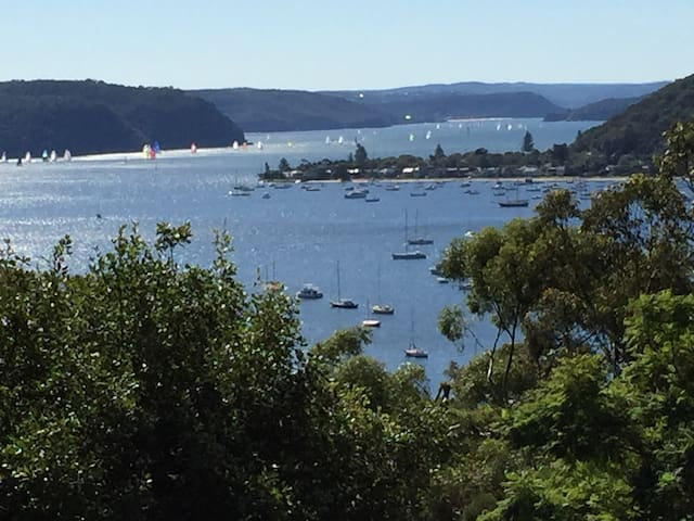 Apartment with Pittwater Views