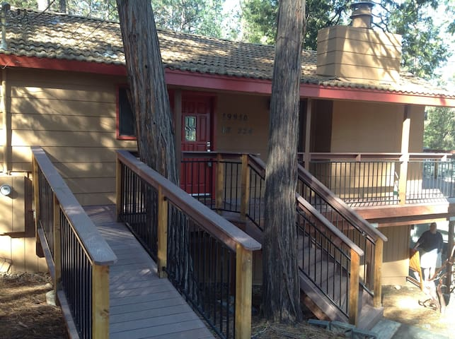 Newly remodeled mountain retreat - Groveland-Big Oak Flat