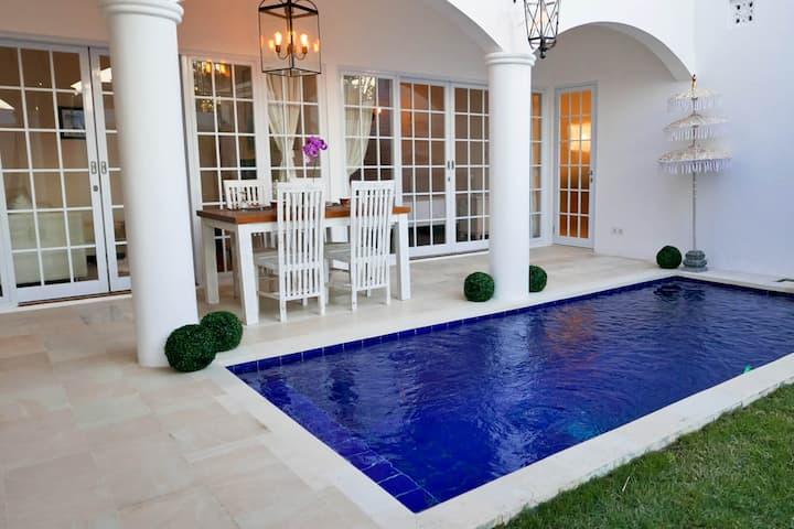 Villa Bardot - Brand New Stunning Sanur Property