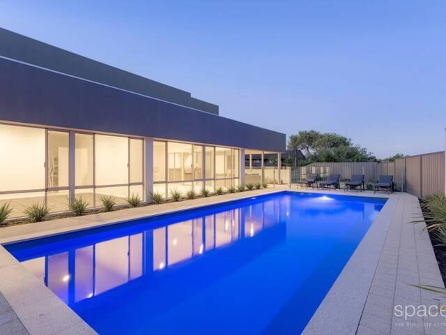 Modern Apartment close to Scarborough Beach