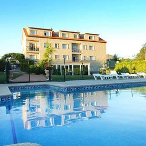 Hotel rústico rías baixas Galicia - MEAÑO
