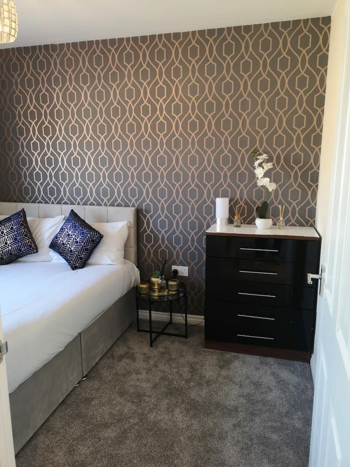 Modern double room in a new built house Manchester