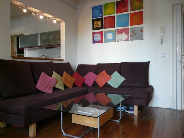Room in shared apartment - 5 minutes to La Defense