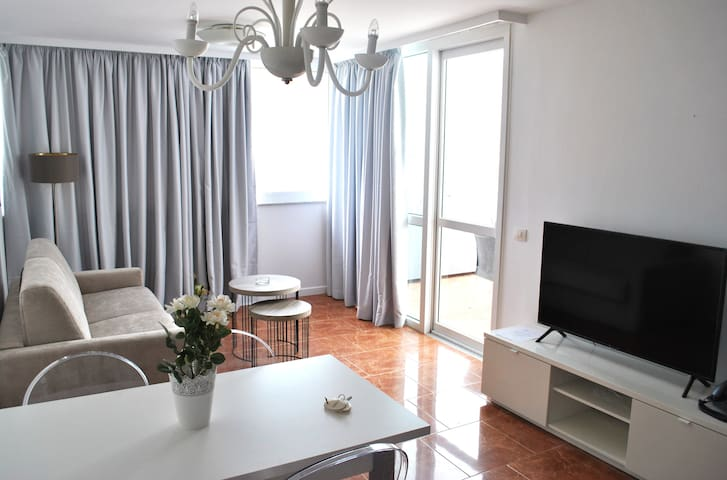 SEA VIEW APARTMENT WITH 2 ROOMS