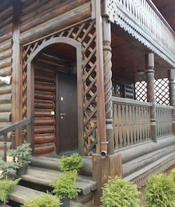 Дом с банькой для семейного отдыха - Suzdal' - 단독주택