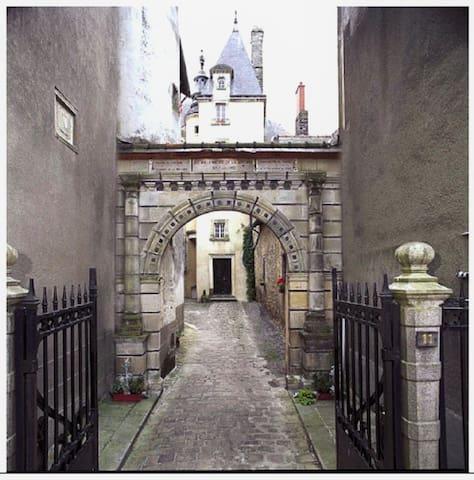 Duplex de charme centre historique - Vitré - Appartement