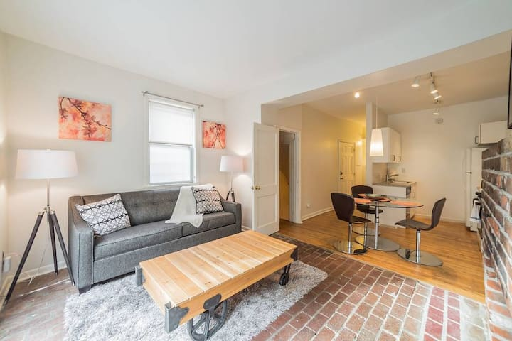501 S 26th St Unit 1  · Charming two bedroom home in Fitler Squa