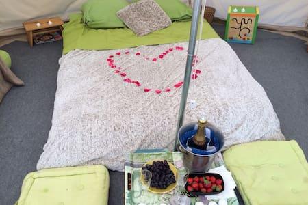 Le bonheur sous une tente .... - Hautot-Saint-Sulpice - Tipi