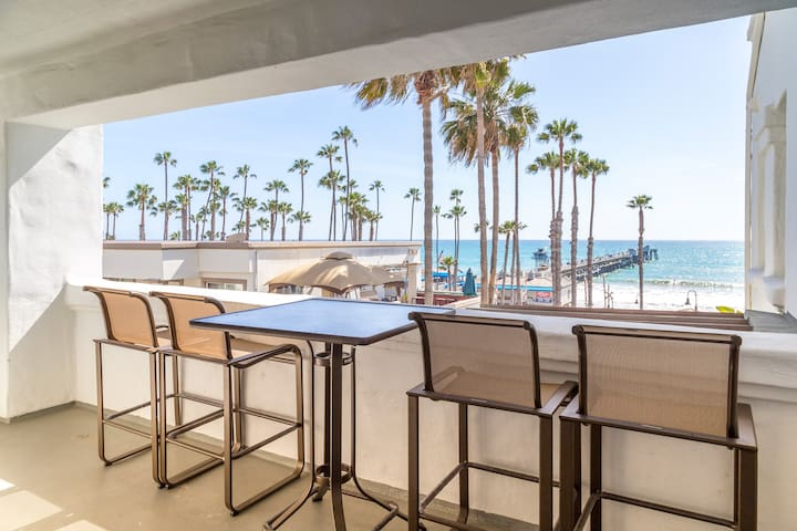 1BR Patio *Actual view from unit may vary; ocean view cannot be guaranteed in advance. Units are assigned at check in.*