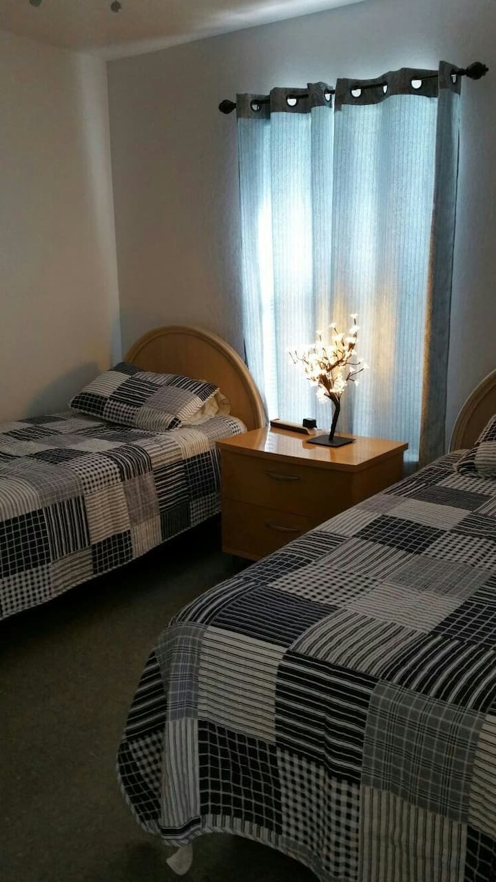Casita Linda. Twin beds. Close/Airport/Attractions