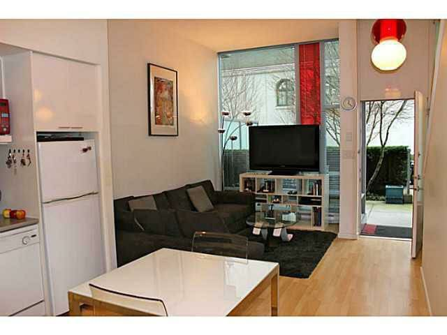 Amazing 2BR Condo Central Downtown+Roof Top Patio