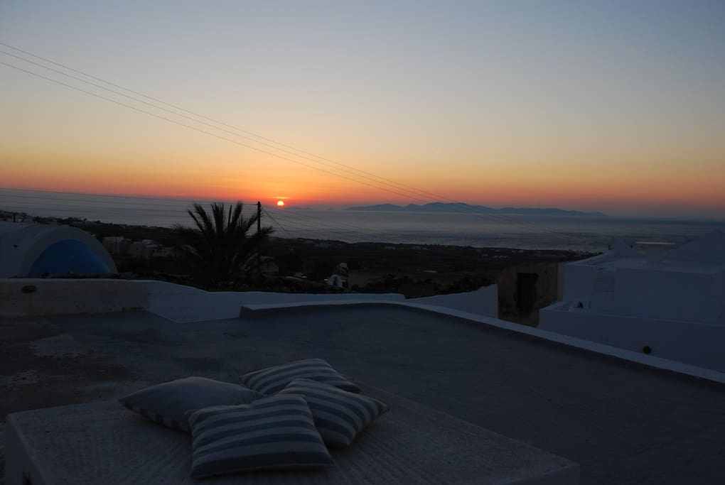 TERRACE VIEW  TO THE SUNSET
