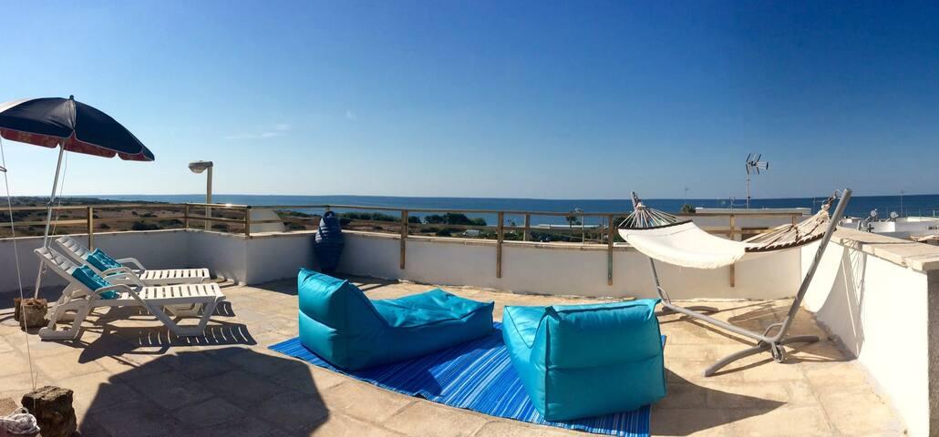 "Casa ""Bianca & Blu"" sul mare - Lido Marini - Apartament"