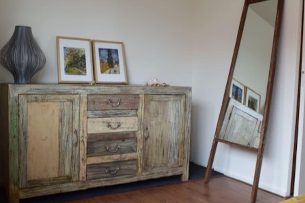cabinet masterbedroom