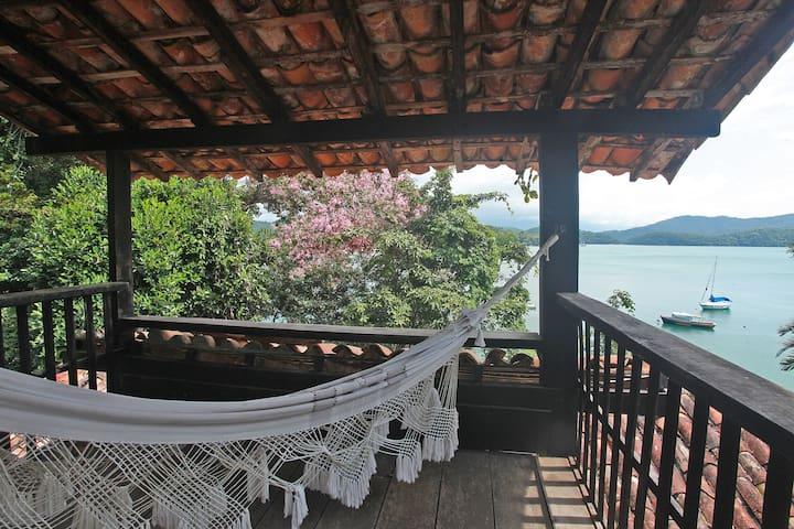 Casa rústica no costão de Parati Mirim - Paraty - House