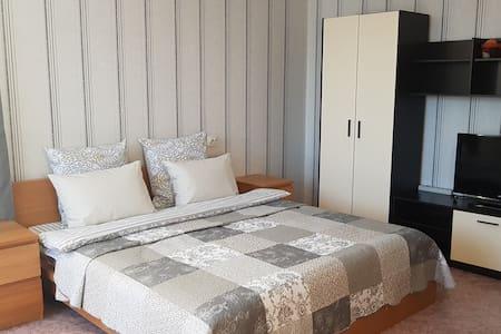 Уютная квартира в 3км от Богоявленской площади