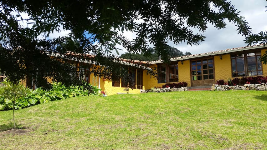 Casa Campestre/Bungalow - Tabio