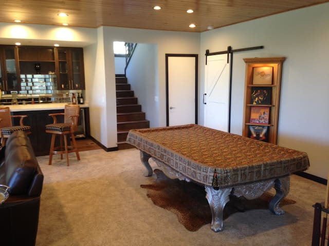 Pool table and wet bar