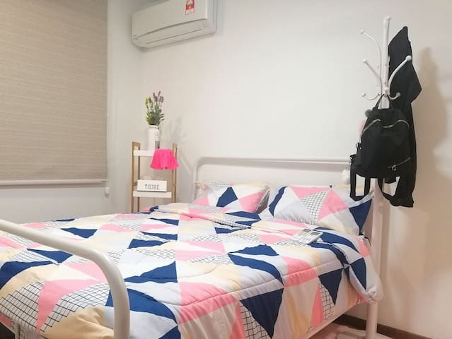New Cozy Condo near Airport & City Centre 高级公寓近机场