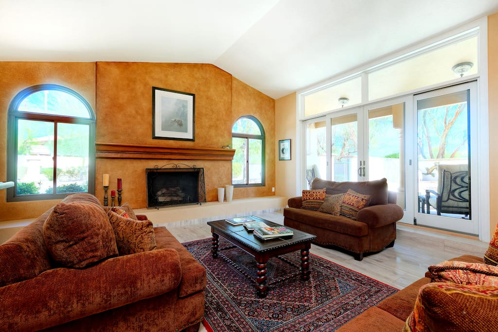 Modern, spacious living area for 12. Professionally cleaned and maintained by TurnKey Vacation Rentals.