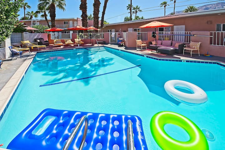 Great Palm Springs Getaway