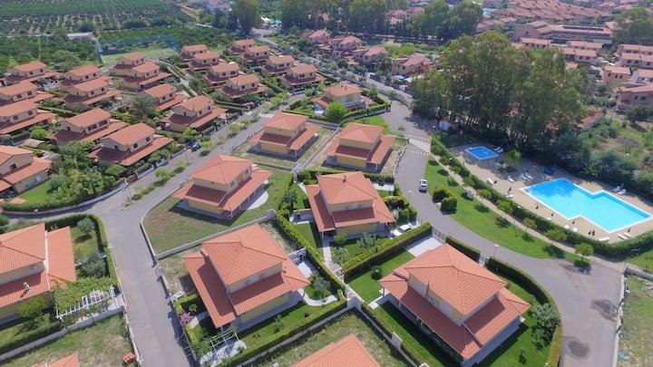 Portoada Park (18B) Family Villa with Jacuzzi