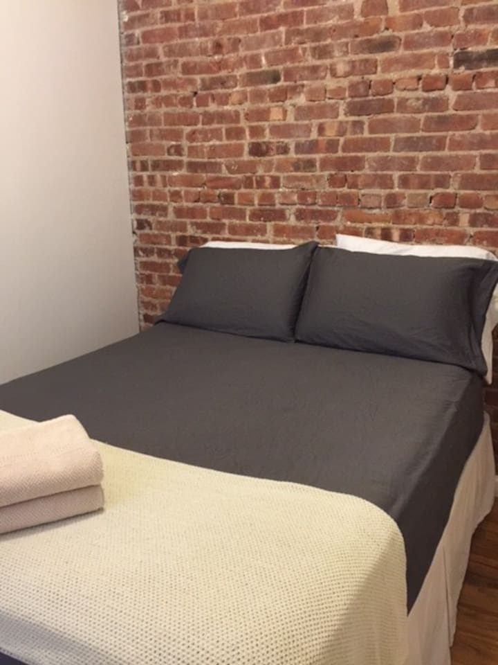 On Broadway, clean & comfy room