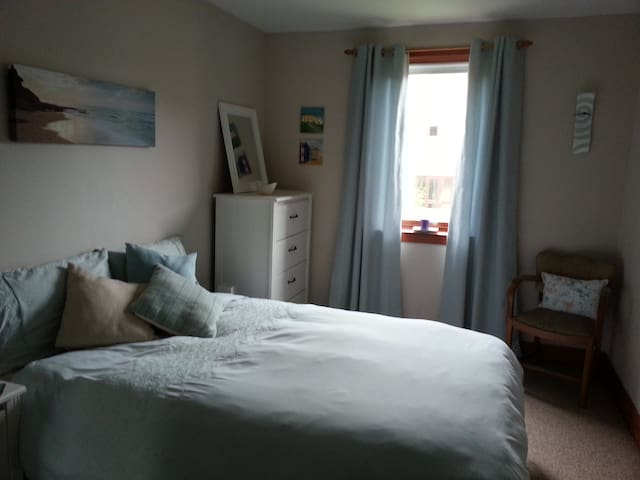 Glasgow West End double room