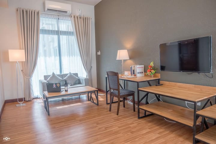 Premier one bedroom serviced apartment A11