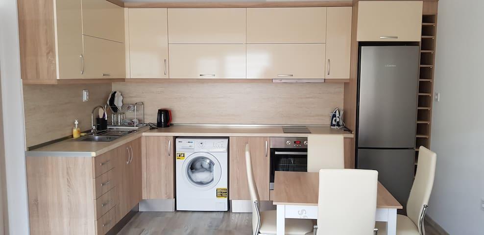 Apartament-6
