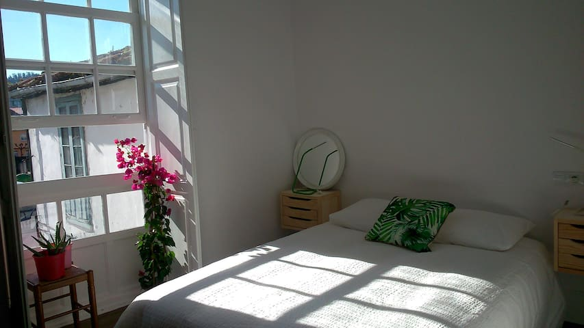 Luminoso apartamento reformado - Betanzos - Appartement
