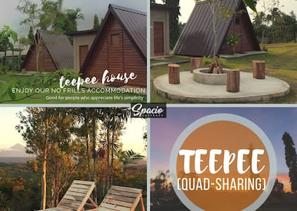 Spacio Caliraya Teepee House