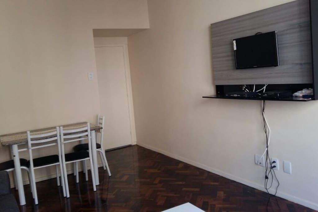 Sala de estar - TV a cabo
