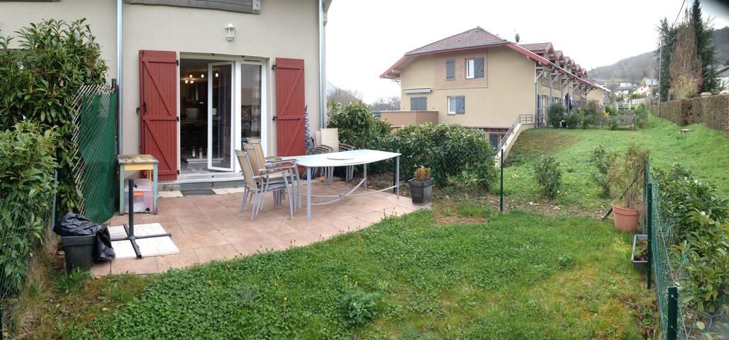 Terrasse + jardin 35m2