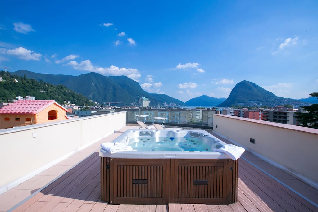 Private roof terrace with jacuzzi