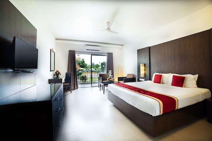 Deluxe Room Baywatch Resort South Goa