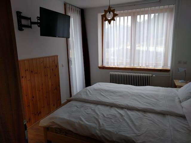 Double room with a balcony, lake-view location - Bled