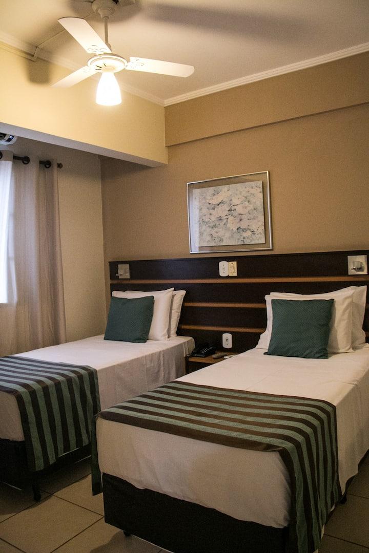 Standard p/ 2 pessoas- Hotel Ferraz
