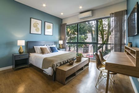 Granada Executive Suites 203 - All you need in One Gorgeous Studio