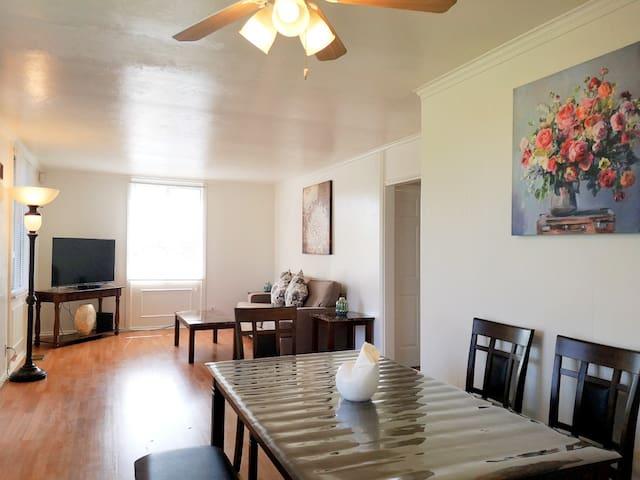 433 - Comfy 2-Bedroom House near Six Flags & Napa