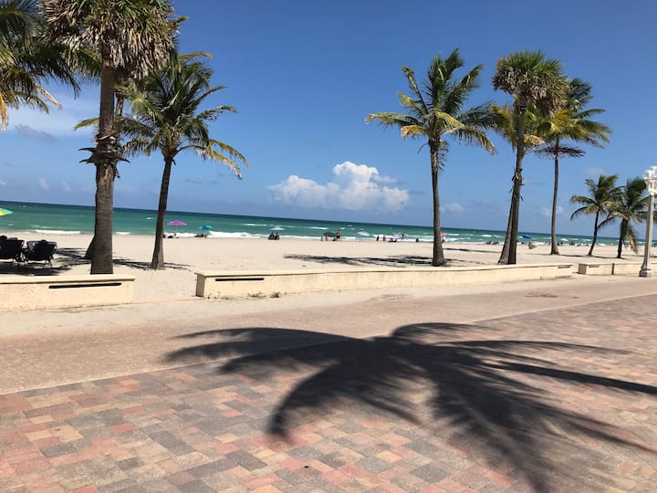 Beachside Retreat 2