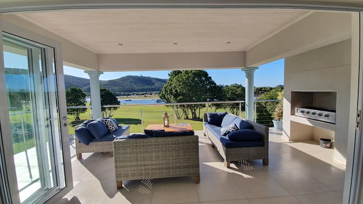 Luxury Apartment directly on River in Plettenberg