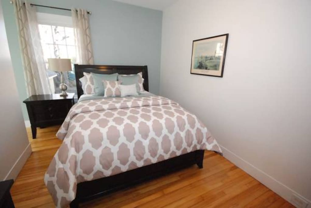 Back Cove 1 Bedroom Apt W Pullout Couch Apartments For Rent In Portland Maine United States