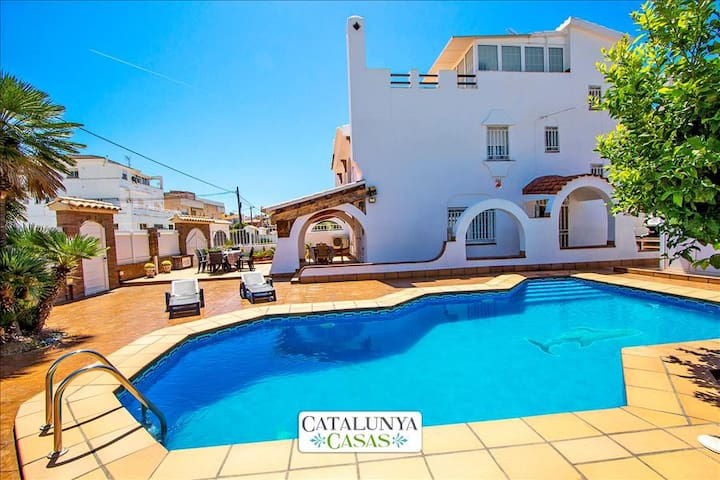Amazing dream-house in Cunit, Costa Dorada, only 700m to the beach! - Costa Dorada - Villa