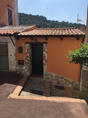 Meravigliosa casetta - Lamezia Terme - House