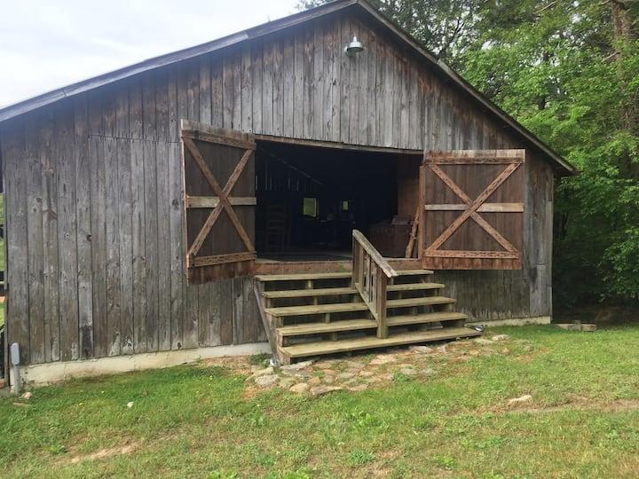 Beautiful Rustic Barn Retreat